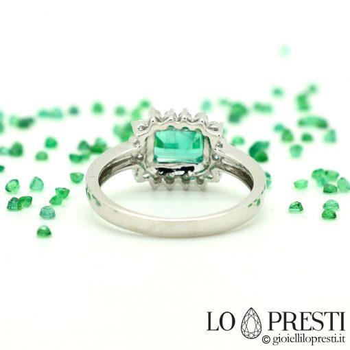 anelli con smeraldo naturale zambia e diamanti brillanti