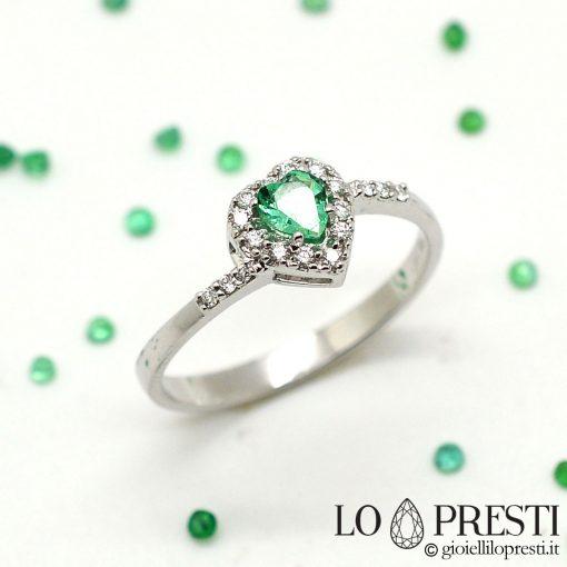 anello con smeraldo diamanti cuore anello cuore con smeraldo oro bianco 18kt