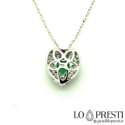 collana pendente forma cuore smeraldi diamanti